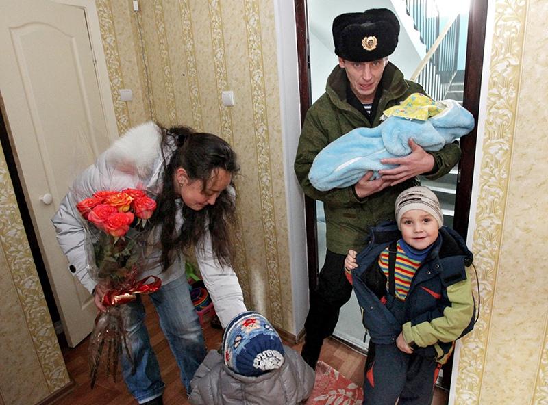 Медведев: льготная ипотека для военных должна работать как часы