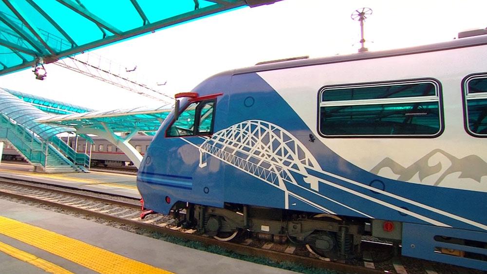 Железнодорожное движение по Крымскому мосту
