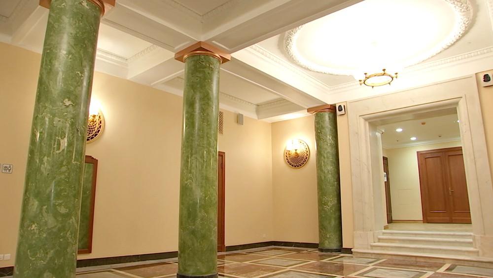 Фойе в здании МИД России