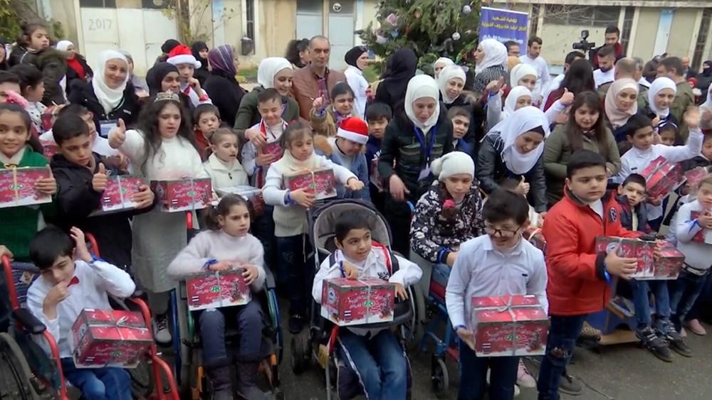 Поздравление сирийских детей с Новым годом