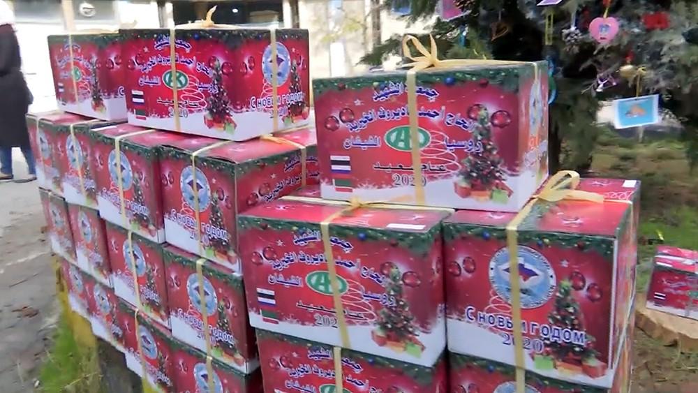 Новогодние подарки для детей в Сирии