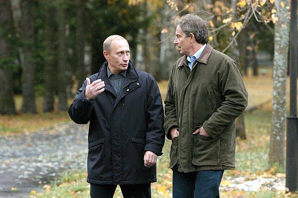 Глава британского кабинета отметил, что Президент России хорошо говорит по‑английски.