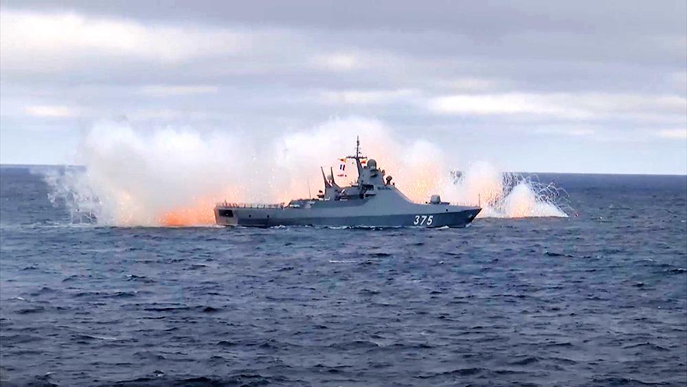 Учения кораблей ВМФ России