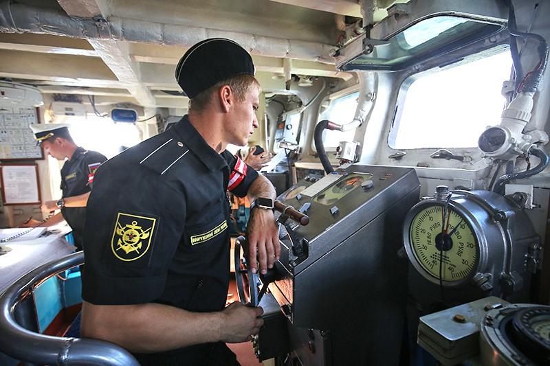 Моряки ВМФ России