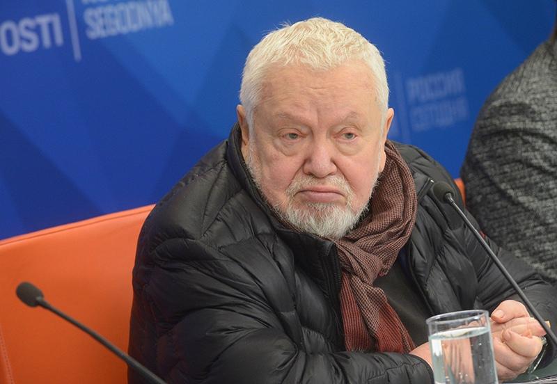 Режиссер Сергей Соловьев