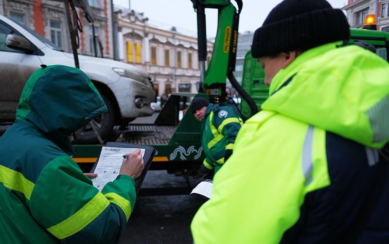 Эвакуация автомобиля на штрафстоянку