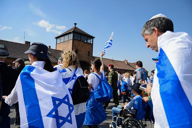 Траурное шествие памяти жертв Холокоста