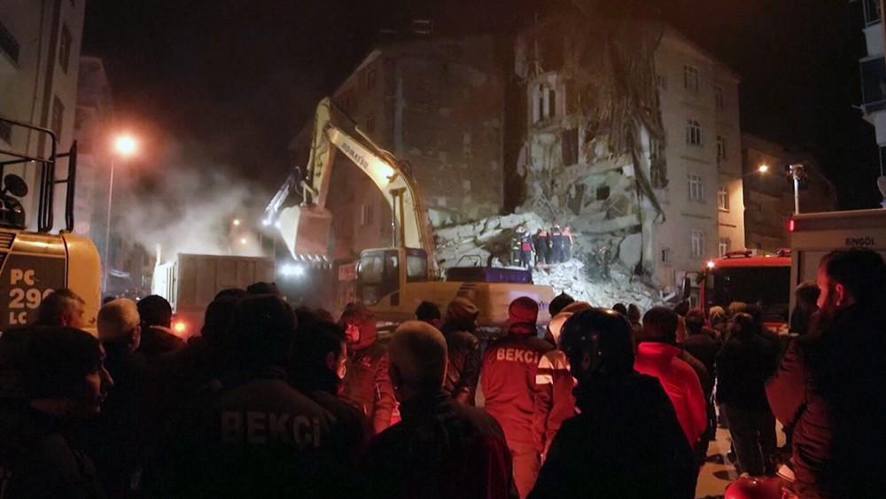 Последствия землетрясения в Турции