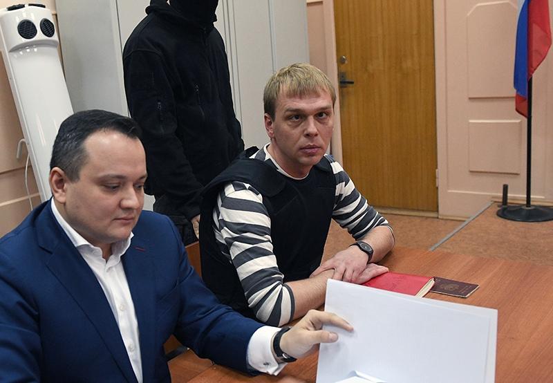 """Журналист интернет-издания """"Медуза"""" Иван Голунов (справа)"""
