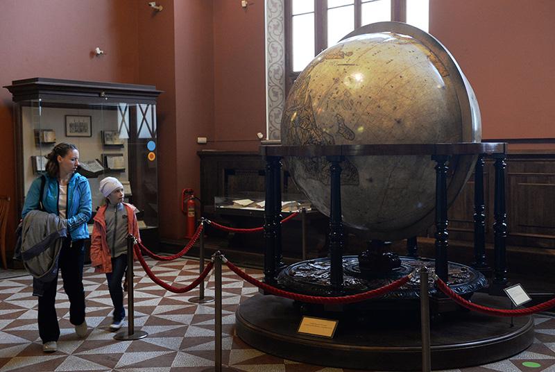 Земной глобус Блау в Государственном Историческом Музее в Москве