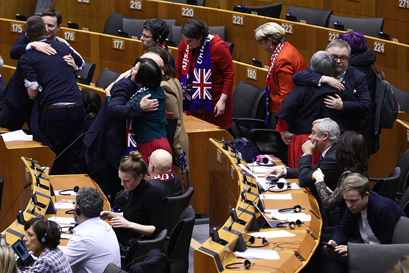 В Европарламенте попрощались с британскими коллегами