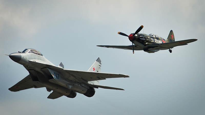 Самолеты МиГ-35 и МиГ-3