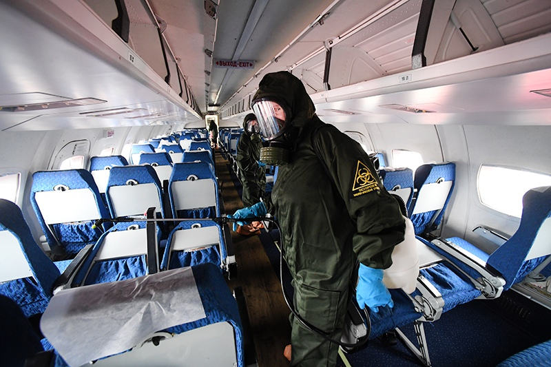 Противоэпидемические мероприятия на борту самолета
