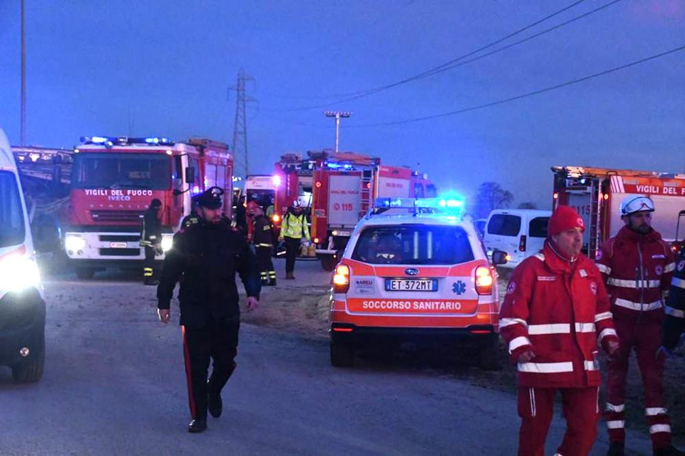 Экстренные службы Италии на месте происшествия