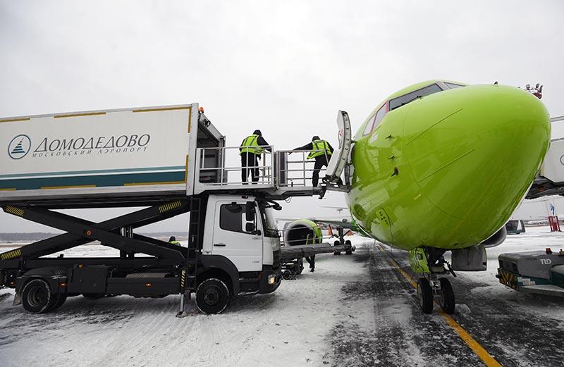Сортировка мусора в аэропорту Домодедово