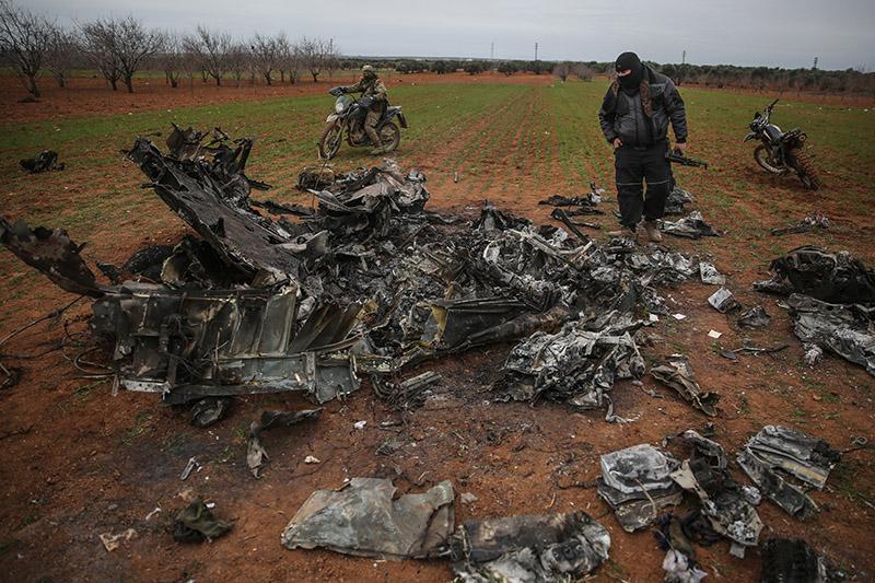 Сбитый вертолет ВВС Сирии