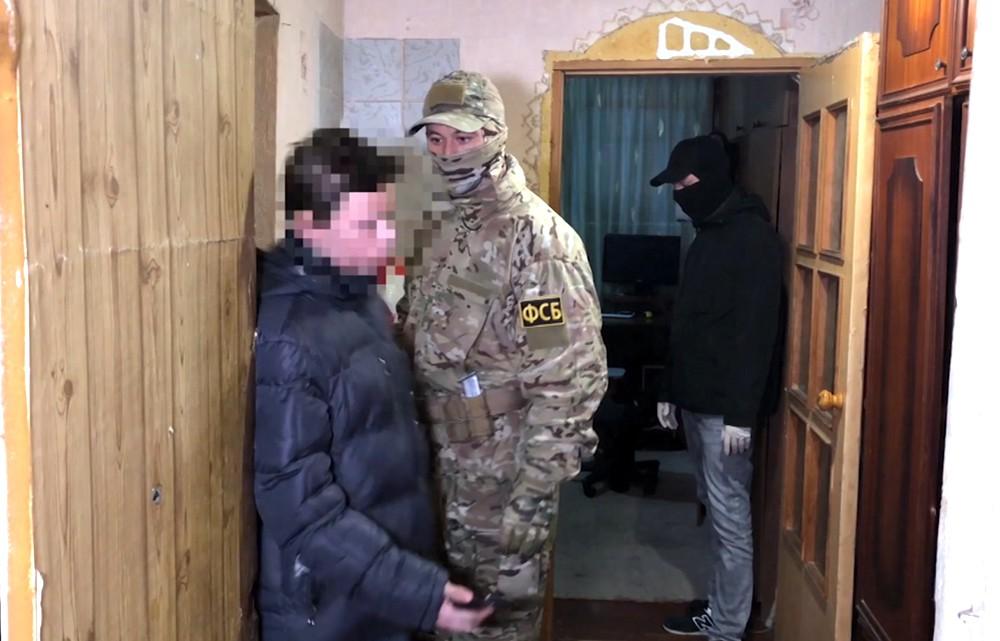 Задержание подростков, готовивших теракты в Крыму