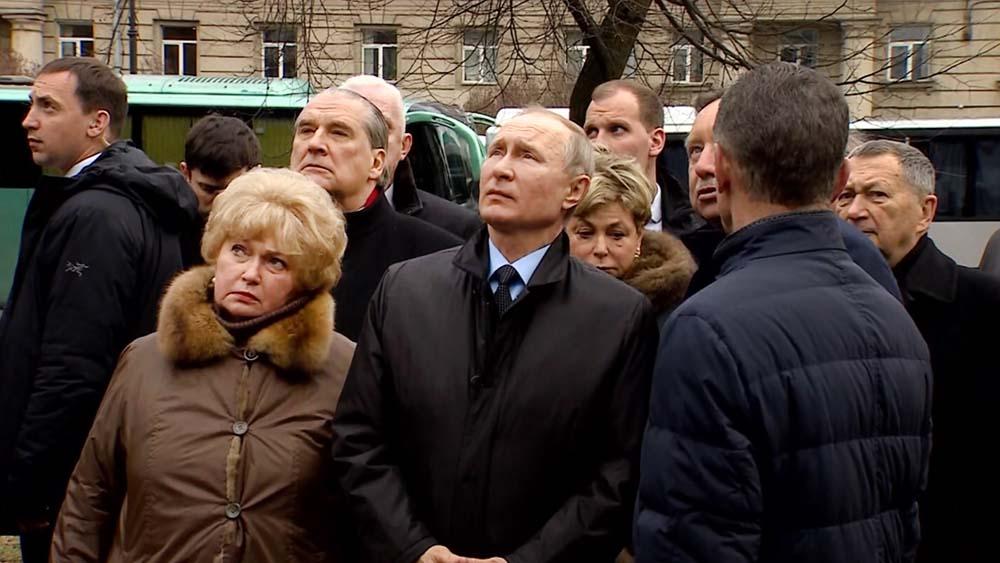 Владимир Путин и вдова А.Собчака Людмила Нарусова