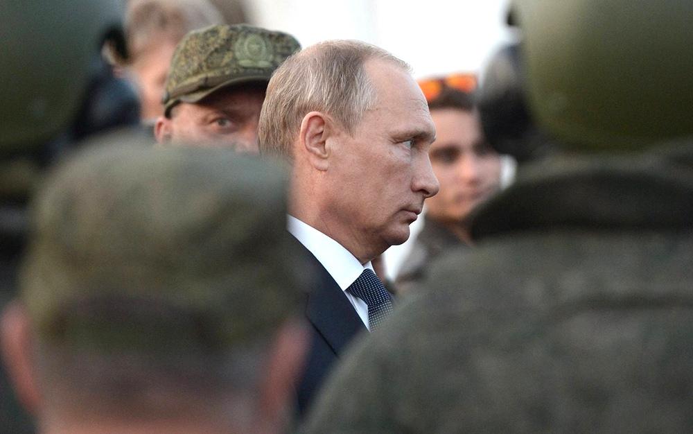 Владимир Путин и военнослужащие