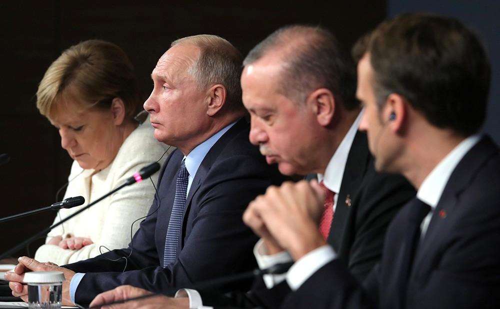 Ангела Меркель, Владимир Путин, Реджеп Эрдоган и Эммануэль Макрон