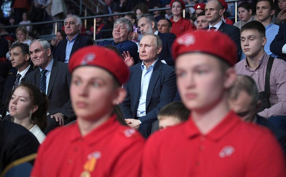 Владимир Путин на чемпионате по боевому самбо