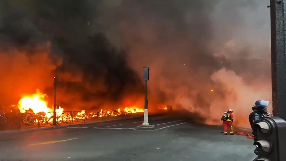 Пожар на вокзале в Париже