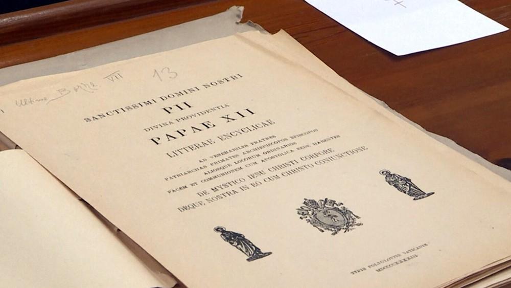 Архивные записи о папе Пийе XII