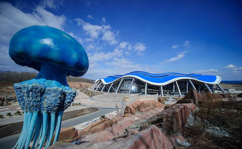 Главный корпус строящегося Приморского океанариума