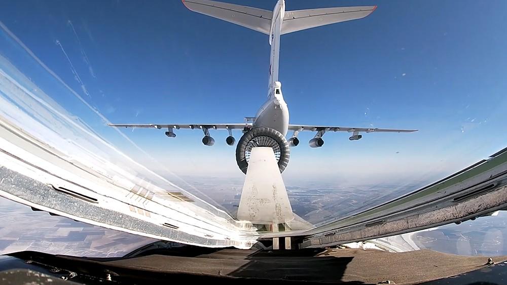 Дозаправки Ту-160 в небе