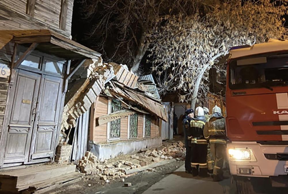 Обрушение стены дома в Самарской области