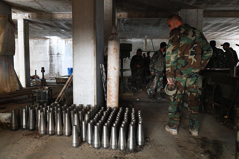 Сирийские военные обнаружили в провинции Алеппо склад с оружием боевиков