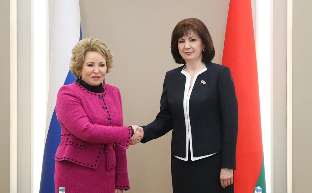 Валентина Матвиенко и Наталья Кочанова