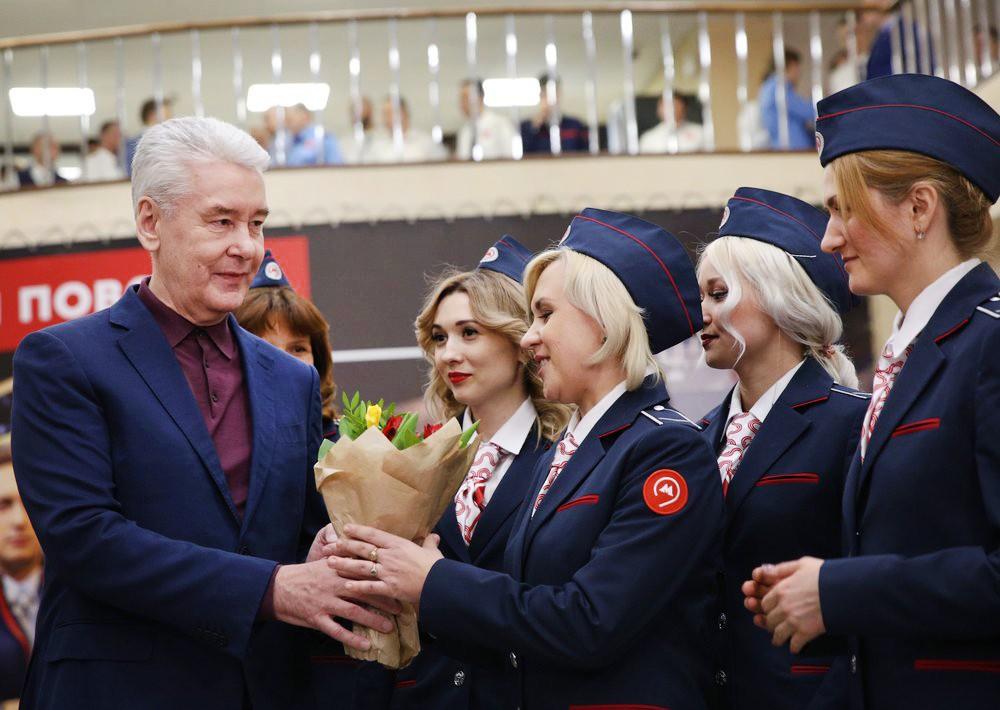 Сергей Собянин посетил центр подбора персонала в метро