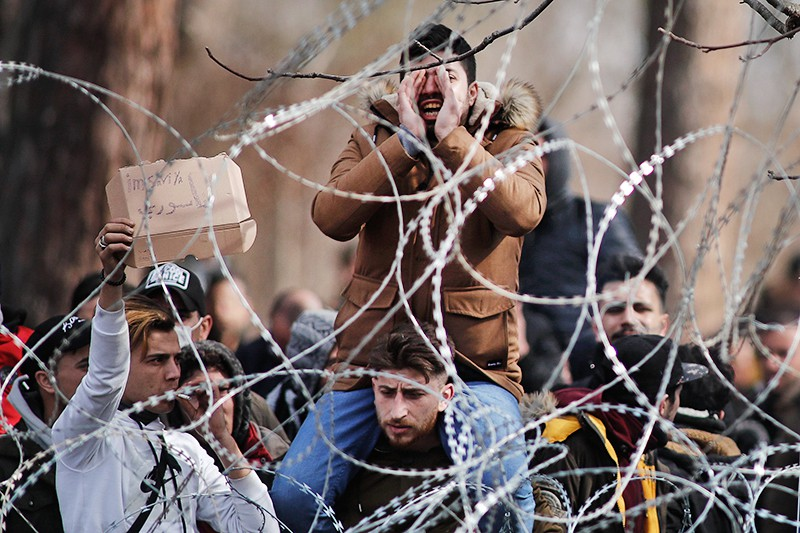Мигранты на границе Турции и Греции