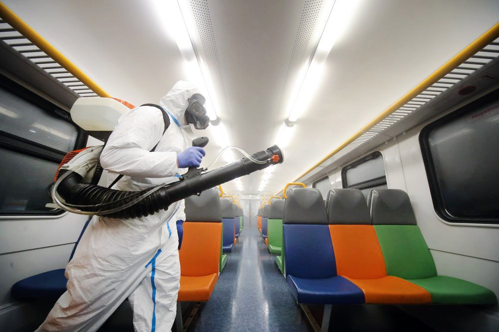Санитарная обработка в поезде