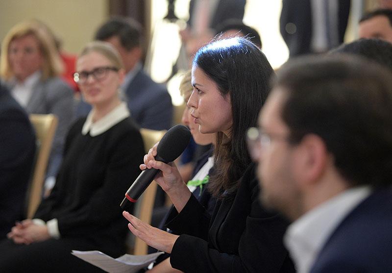 Представители предпринимательского сообщества во время встречи с Владимиром Путиным