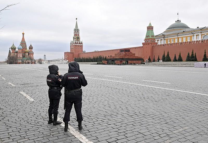 Сотрудники полиции на Красной площади
