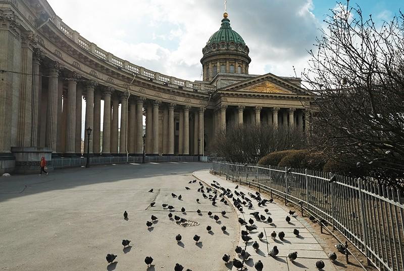 Санкт-Петербург в режиме полной самоизоляции