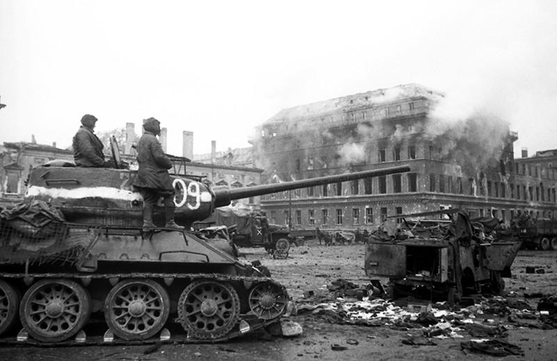 Советские войска на подступах к Берлину