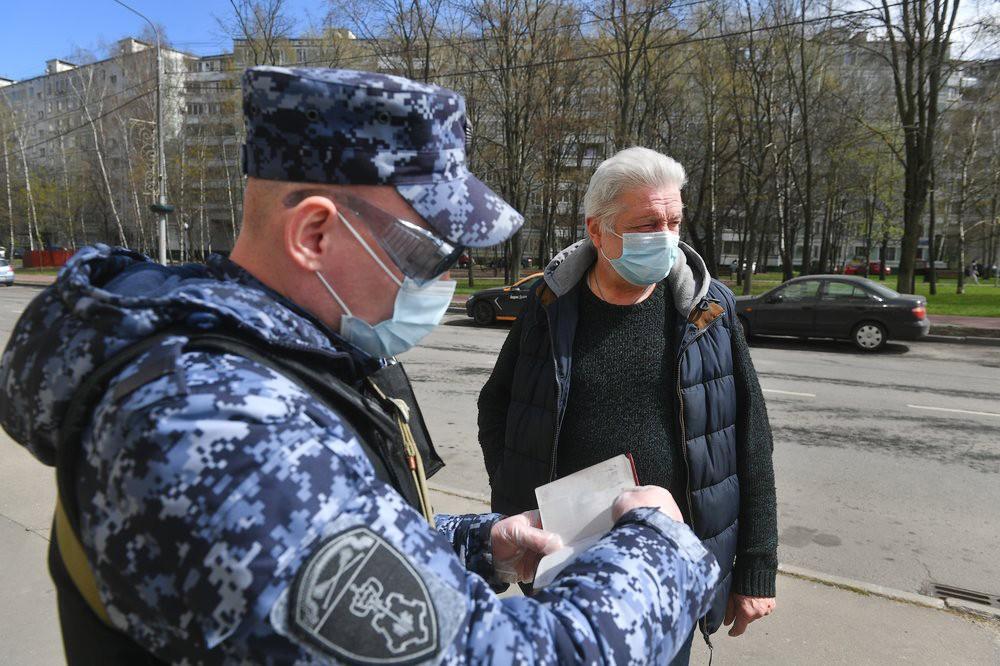 Патрули Росгвардии и полиции во время самоизоляции