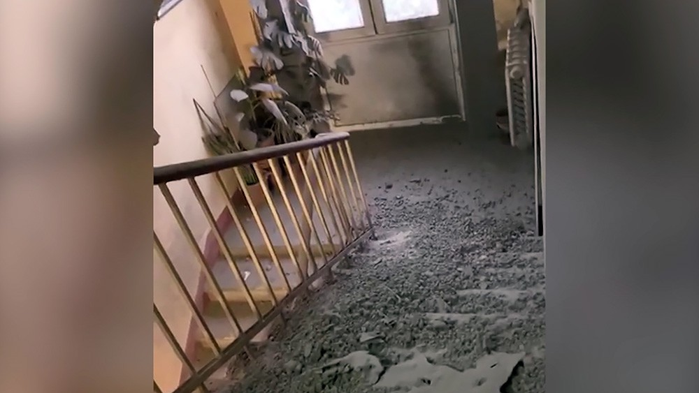 Последствия обрушения перекрытий в жилом доме