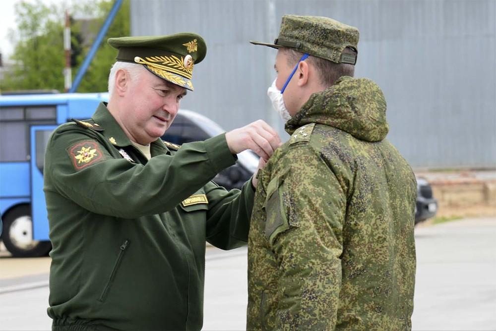 Награждение военных медиков