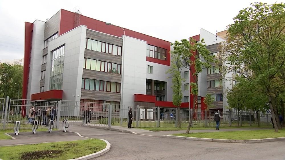 Новое здание детской поликлиники