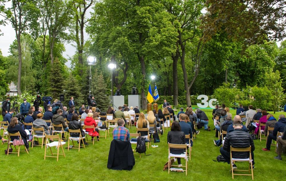 Владимир Зеленский во время пресс-конференции