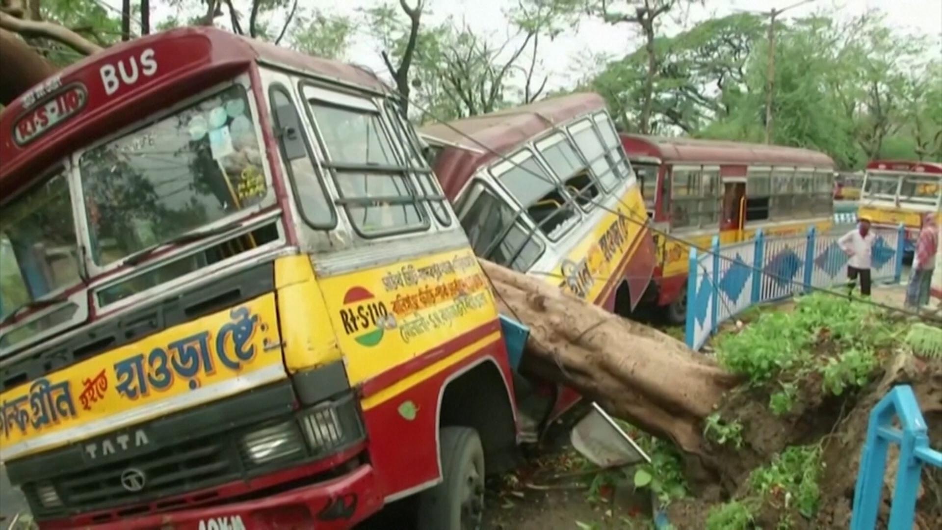 Ураган в Индии