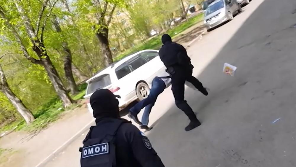 Задержание подпольных оружейников