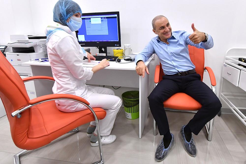 Михаил Турецкий в поликлинике