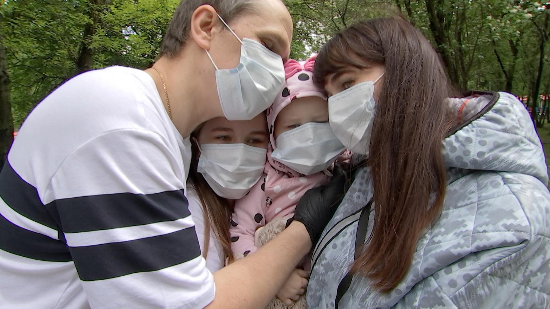 Зрители ТВЦ собирают средства на лечение 2-летней Лиды Лаптевой