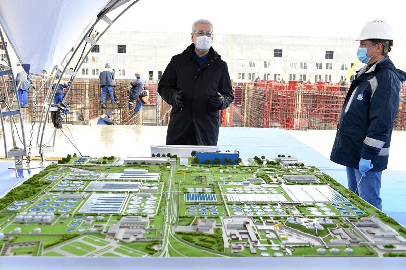 Мэр Москвы Сергей Собянин осматривает ход работ по модернизации Люберецких очистных сооружений