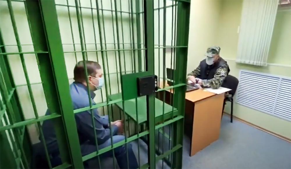 Задержанный по уголовному делу о розливе нефтепродуктов в Норильске начальник цеха ТЭЦ-3 Вячеслав Старостин